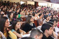 Fakulteti dižu školarinu bez obzira na sve