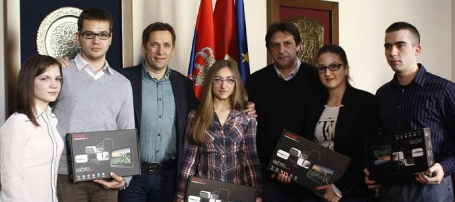 Gradonačelnik Kruševca i ComTrade nagradili su najbolje studente