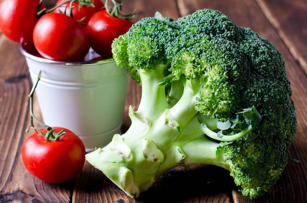 brokoli i paradajz