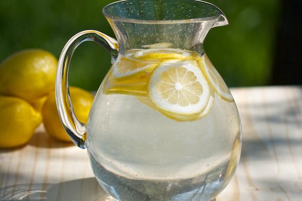 Limun i voda pozitivno utiču na Vaš organizam