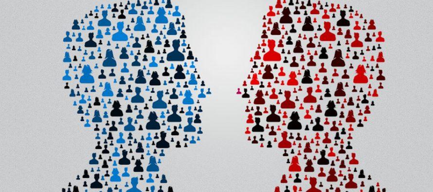 """Marketinška debata stručnjaka i studenata – """"12 stolica"""""""