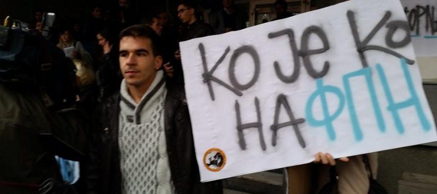 Protest zbog napada na dekana