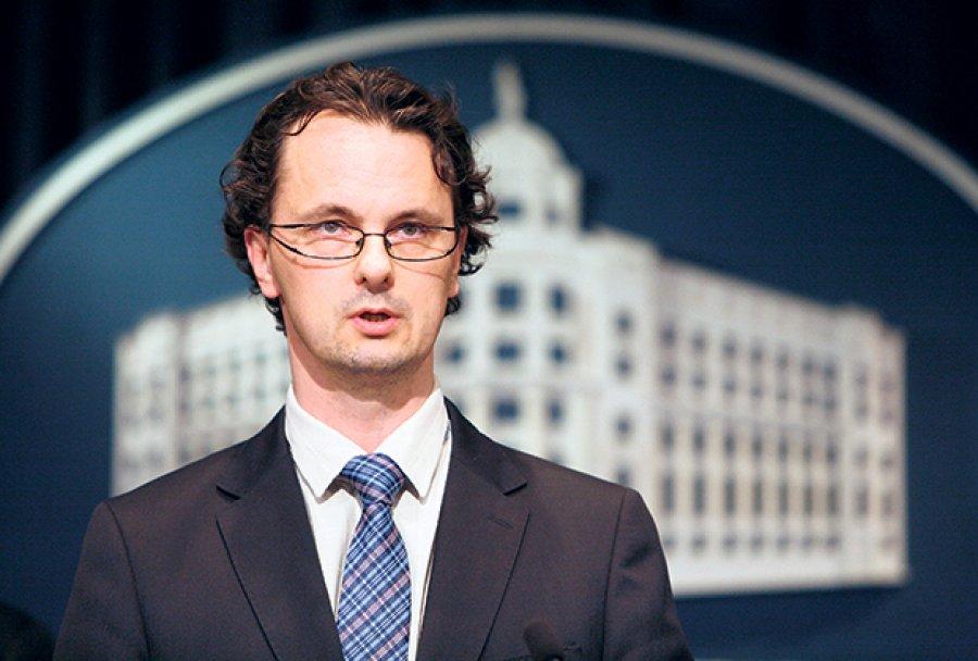 Ministar Verbić o problemu na Filozofskom