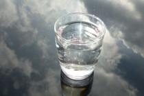 Četiri znaka koja vas upozoravaju da vašem telu nedostaje voda