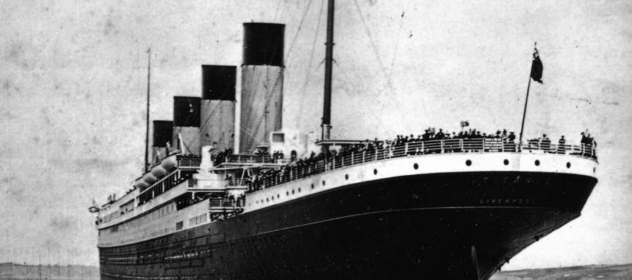 Na današnji dan potonuo Titanik