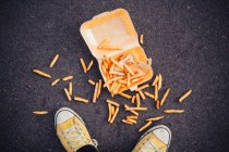 Pravilo pet sekundi: Koliko je bezbedna hrana sa poda?