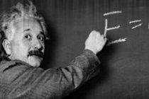 Na današnji dan preminuo Albert Ajnštajn