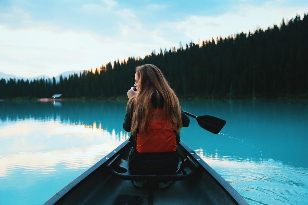 devojka vesla