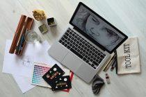 IMG: Plaćena praksa za grafičkog dizajnera