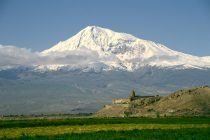 Majka sveta – planina Ararat!