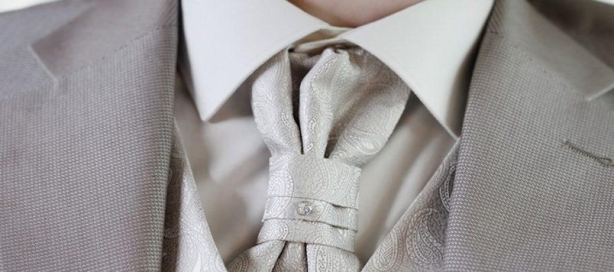 Kravata: kolonijalni čvor ili simbol elegancije?